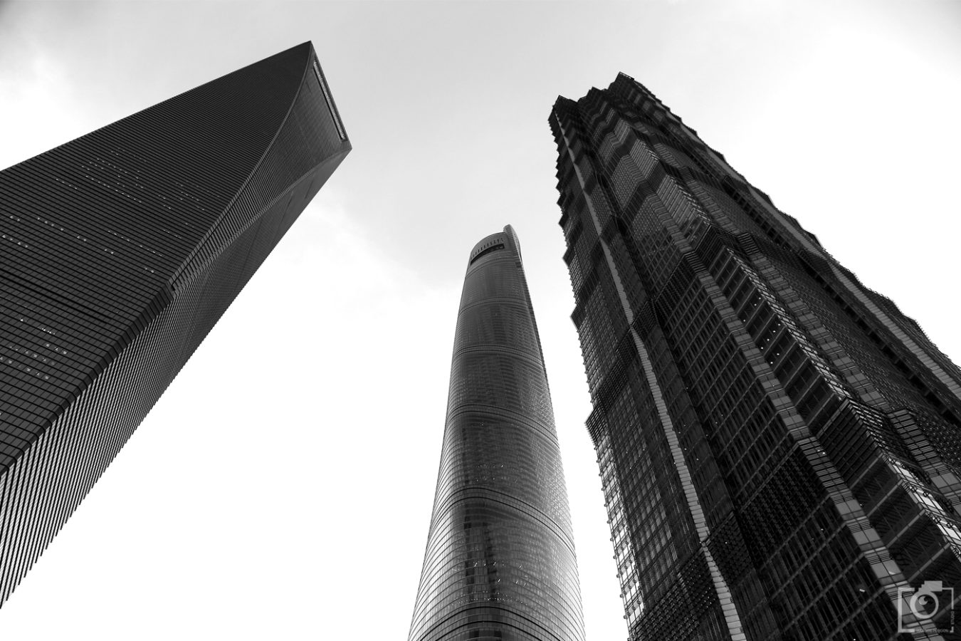 Shanghai World Financial Center - Architecture
